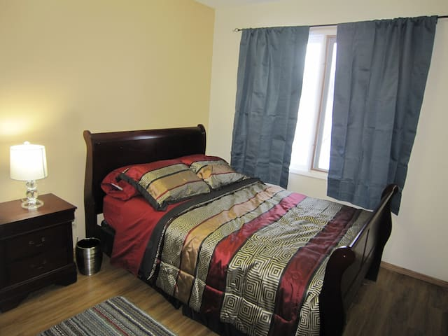 Double Bed With Big Closet & Dresser - Okotoks
