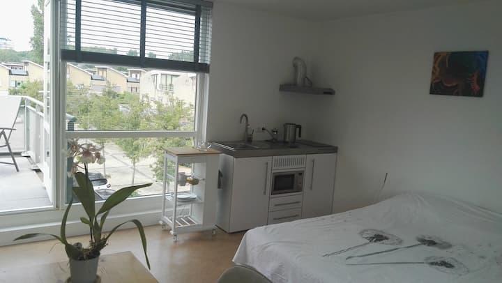 Spacious studio + kitchen nearby city centre