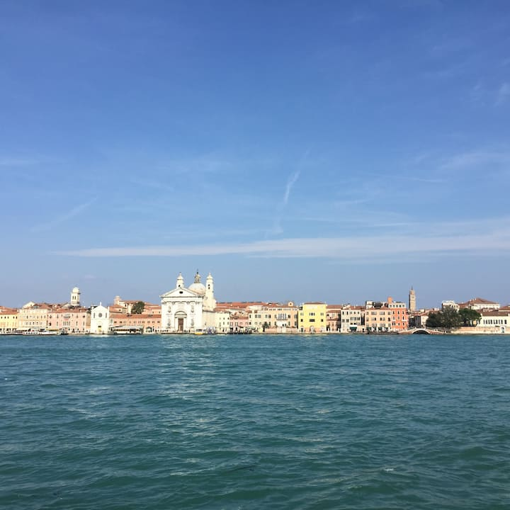 Cozy townhouse in the Giudecca island