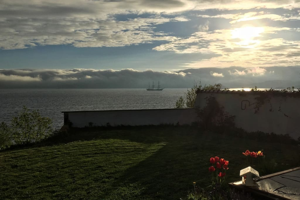By The Fjord Cottages For Rent In Bergen Hordaland Norway