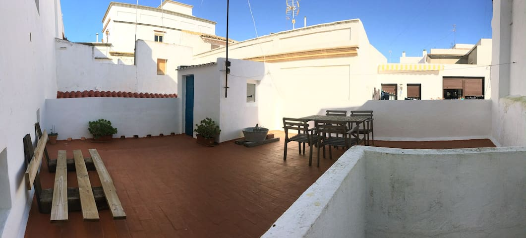 Penthouse in the old town with stunning terrace. - Tarifa - Byt