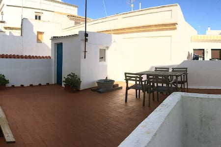 Penthouse in the old town with stunning terrace. - Tarifa - Apartment