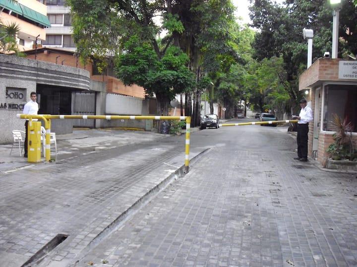 ApartoSuite HappyRental en LAS MERCEDES, CARACAS