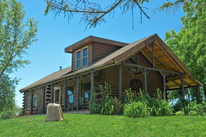 Big Valley Ranch's Private Two bedroom Log Cabin