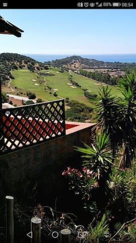 il campo da golf del Tanka Village è sotto casa