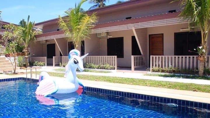 D1 Big Room in a Relax Pool Villa near Phuket Town