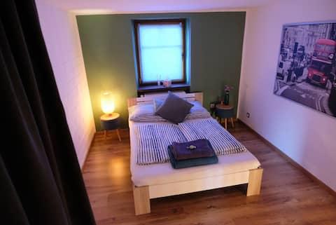 Ruhig gelegenes Zimmer im Weinort an der Mosel