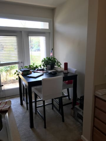 Cozy 1BR Studio - Fairfax - Appartement
