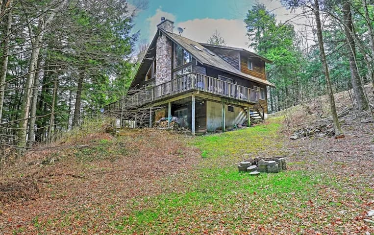 Adirondack-Style 3BR Stamford House - Harrison - Ev