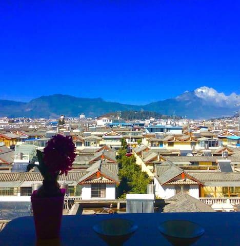 丽江古城雪山全景度假公寓