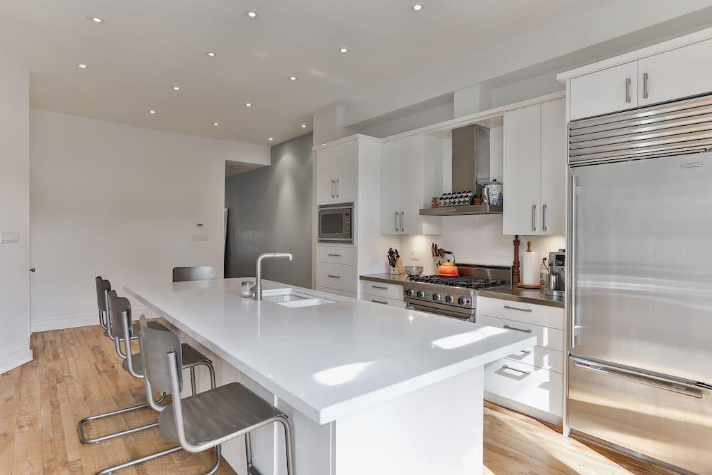 Beautiful, light-filled kitchen