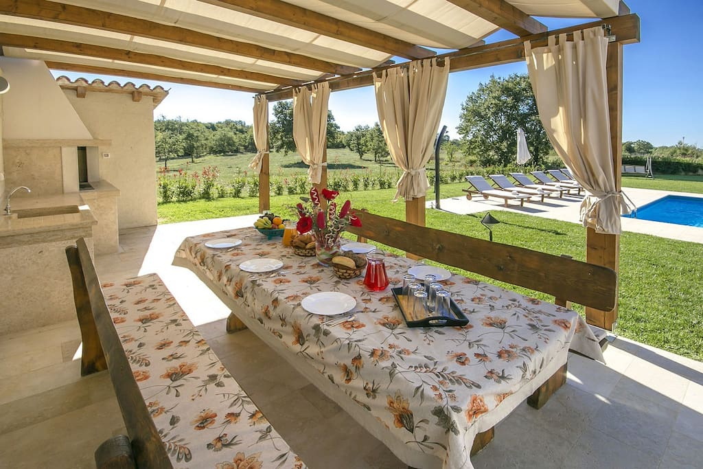 Dining table for outside dining