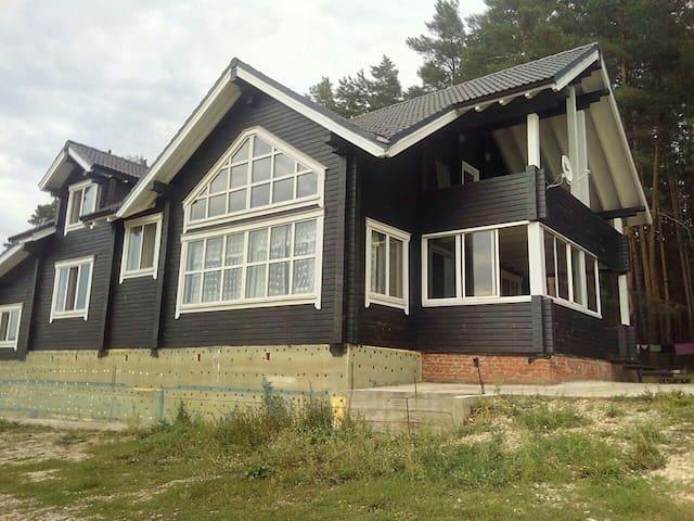 Дом на краю Заповедника Нижняя Кама - Naberezhnye Chelny - House