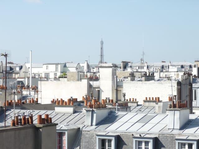 Studio avec vue et balcon aux Batignolles