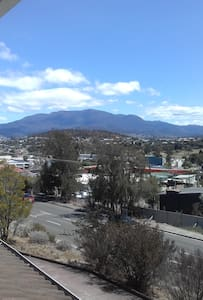 Hobart - 2 bedroom self contained unit - Bellerive