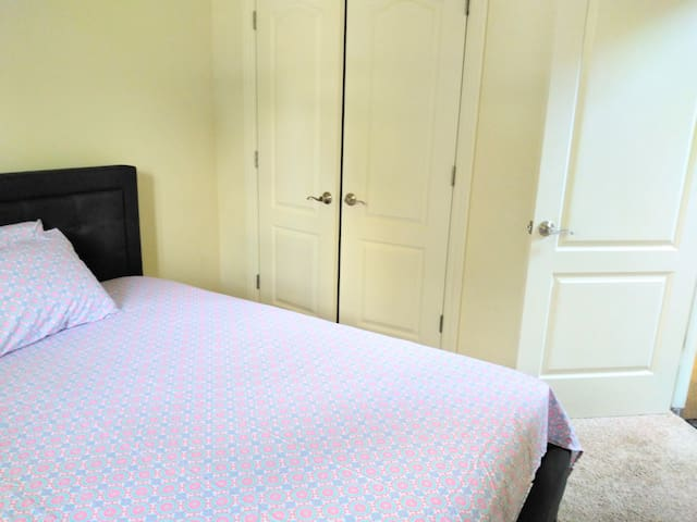 Queen bed and closet available.