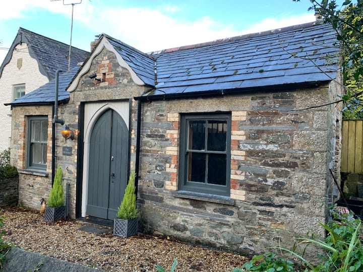 The Old School -Charming, Period, One Bed Cottage