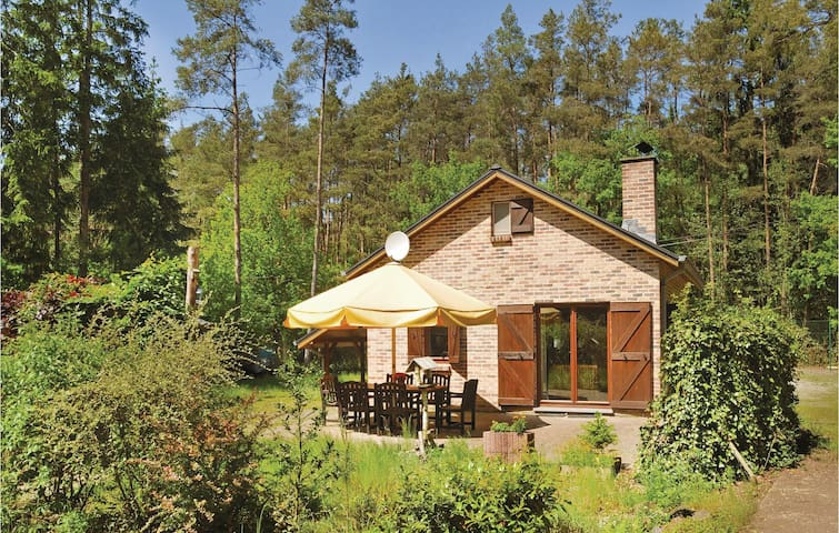 Holiday cottage with 1 bedroom on 92m² in Biron