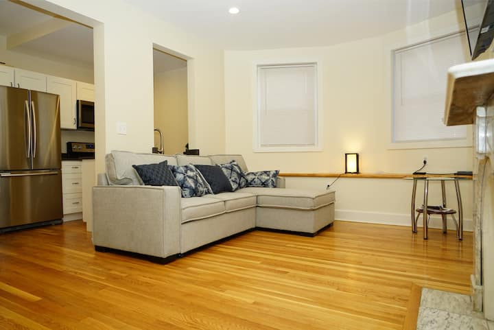 Newly Renovated Brownstone Duplex 2 BR, 1 BA,2 Prk
