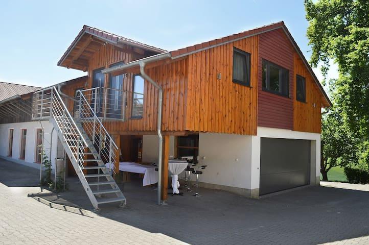 """Erlebnishof Alletshof, Wohnung """"Blumenwiese"""""""