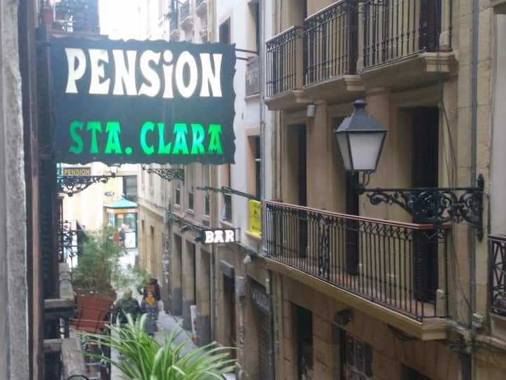Disfruta San Sebastián. Alójate en la Parte Vieja.