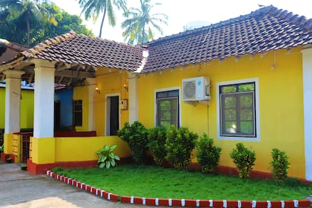 Seascape Villa,a 4BHK beach side getaway!