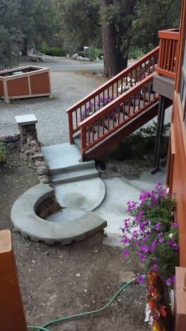 Front patio Nook