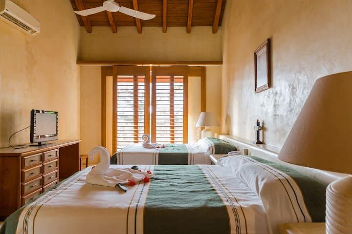 Cuarto Luna en Casa los Agaves - Ixtapa Zihuatanejo - House
