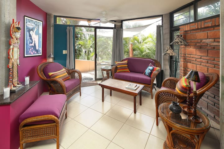 Colorful Casita Close to Beach and Town w/ Saline Pool
