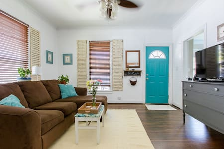 Centrally located welcoming house
