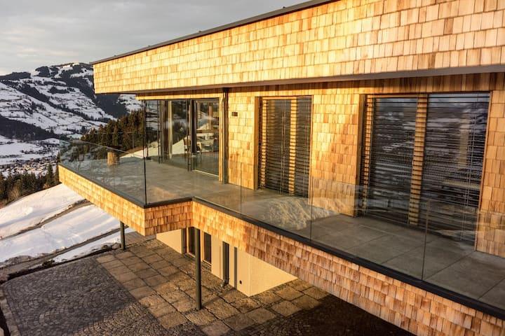Apartment on the ski slope, Westendorf