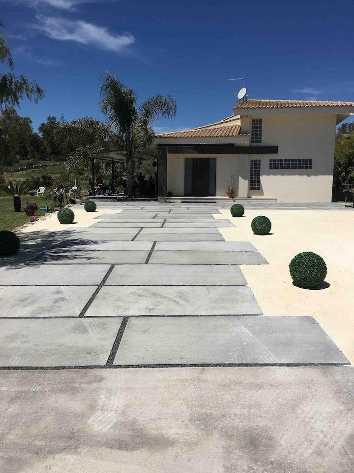 """Villa """" Green garden"""""""