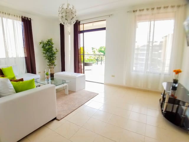 Moderno Apartamento en sector exclusivo