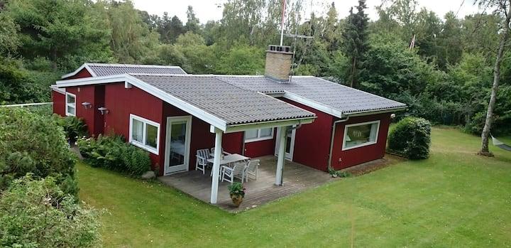 Charming summer house in Liseleje - 114 m2.