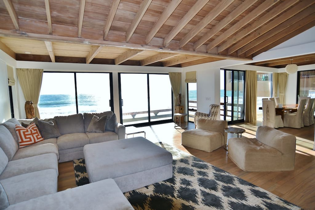 Malibu road dry beach dream home houses for rent in for Malibu house for rent