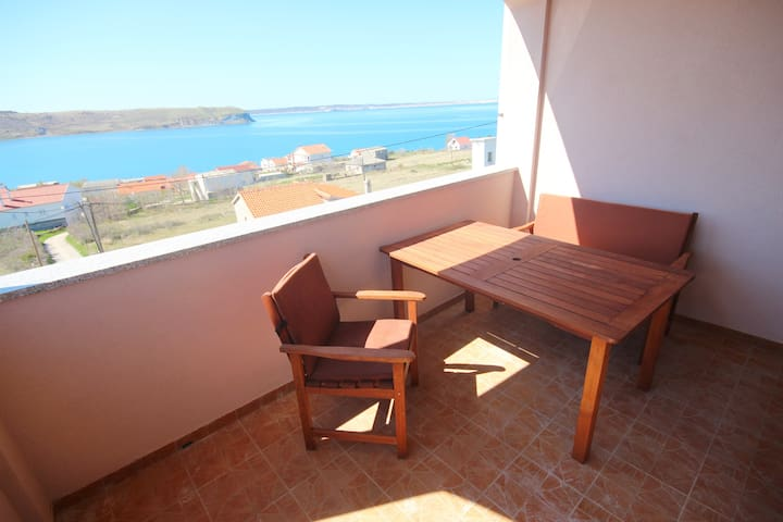 Njaco-1 bedroom with Balcony and sea view (A4)