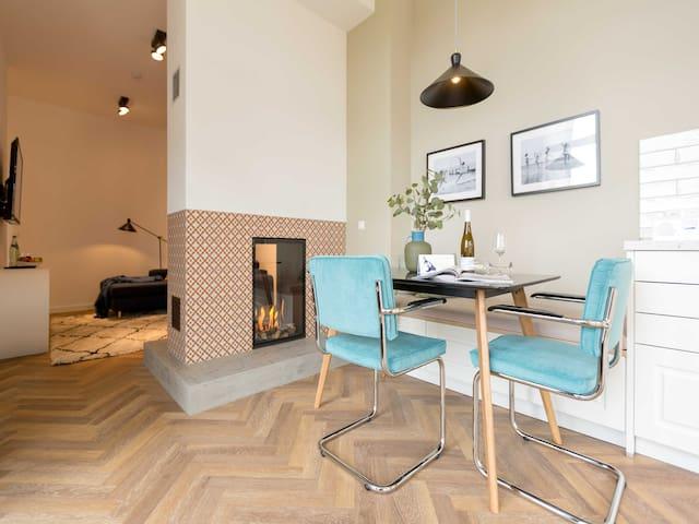 Villa Bellevue & Gartenhaus, Appartement 05