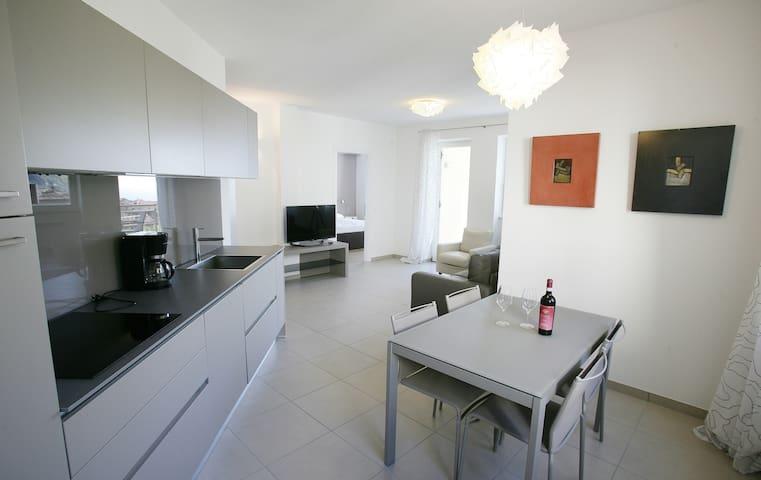 Park Residence La Villa-Appartamento OPALE - Tignale - Leilighet