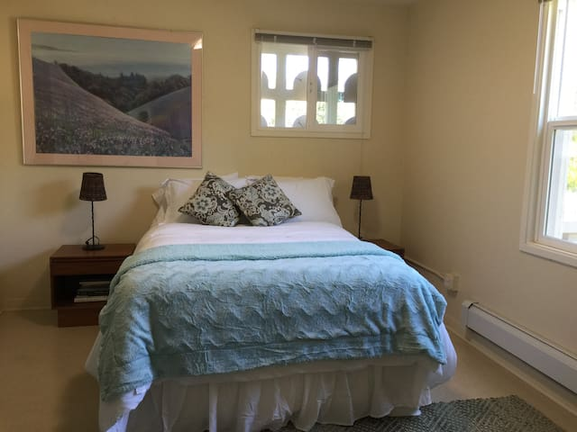 Lovely Downtown San Anselmo Apartment G