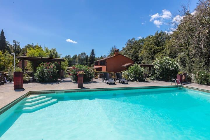 Casa Boccina, Tuscan Farmhouse.