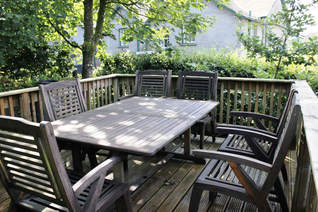 Decking in garden with seating for 6 people