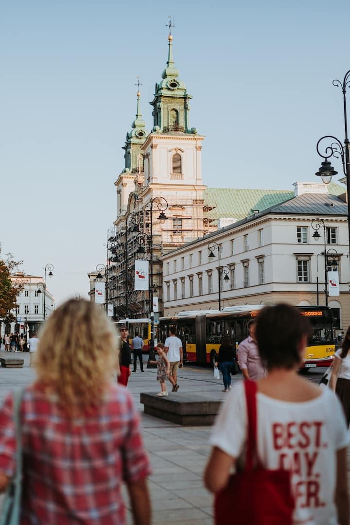 Stroll down Krakowskie Przedmieście