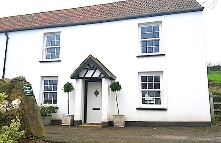 Partridge Cottage - Ilfracombe - House