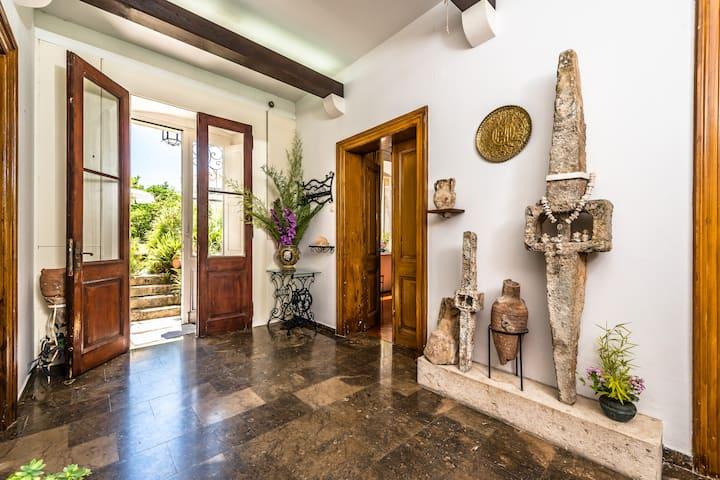Villa Pedrini – B&B in the center – Sea View Suite