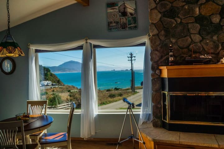 Admiral's Landing - Port Orford - House