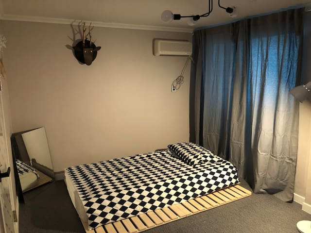 [서원대학교 5분거리]  [청렴연수원5분] Clean&Cozy House 6호 Room