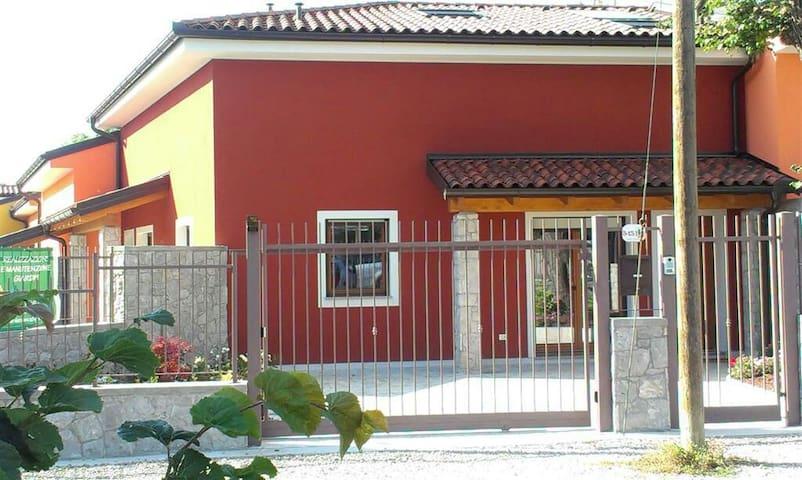 Elegante villetta nel Carso - Basovizza - Casa