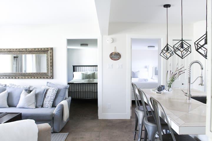 10 Wren Place, rear suite