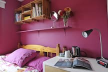 Cosy in the Pink room