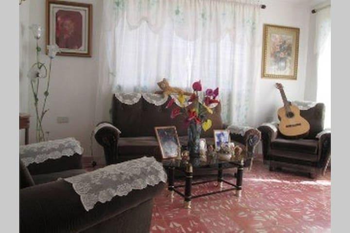 Bayamo's best – Room 3